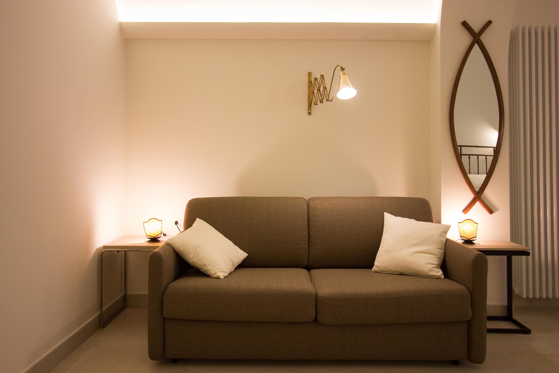 Camera Da Letto Con Divano : Camera da letto con divano letto matrimoniale